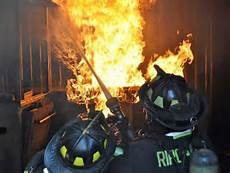 live burn firefighter training